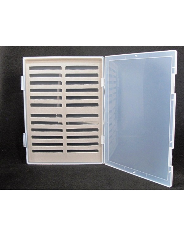 FLY BOX PLASTIC LARGE